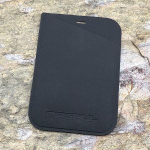 Magpul Industries DAKA Micro Wallet Stealth Gray